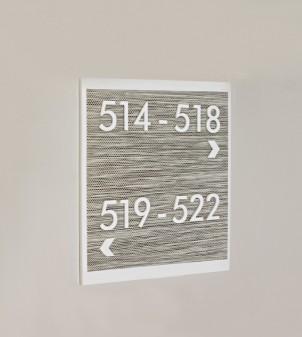 Plaques en plexiglas personnalisées