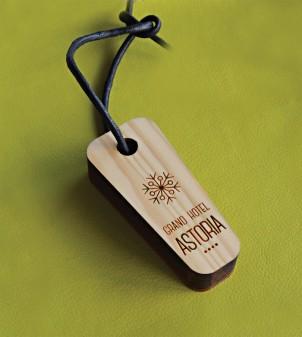 Porte-clés en bois gravé et personnalisé