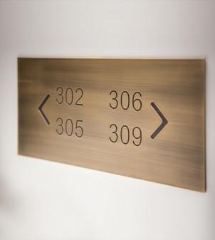 Plaques de porte - Pictogrammes - Signalétique pour hôtel SLOW - APIR