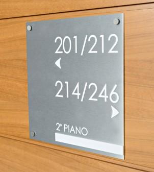 Signalétique intérieure personnalisable SOHO pour hôtel - APIR