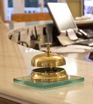 Campanello reception con base in vetro