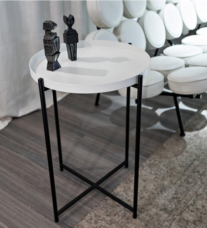 Table basse avec plateau