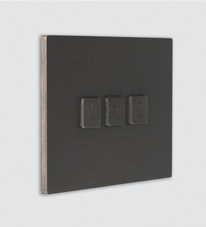 Plaque électrique murale avec boutons