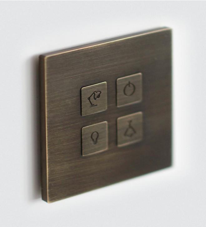 Plaques d'interrupteurs design avec boutons