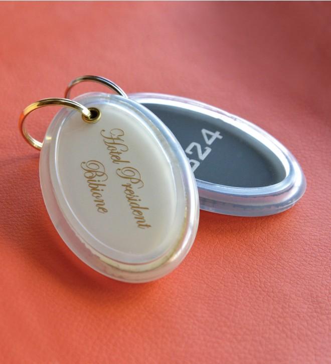 Porte-clés en Plexiglas coloré